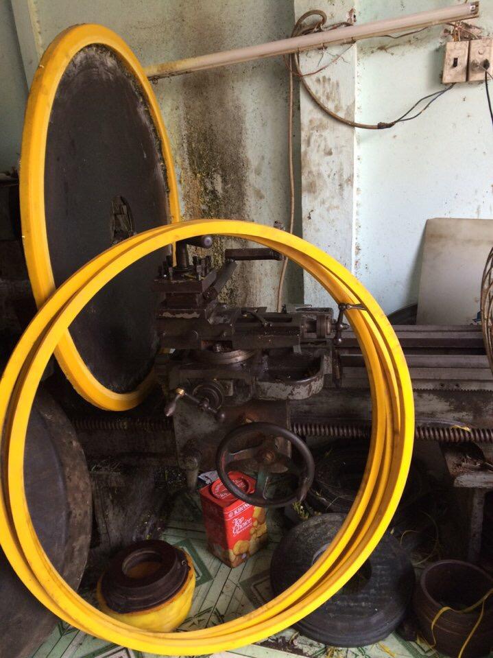 Gia công phốt peng pu chịu dầu chịu nhiệt độ cao 2